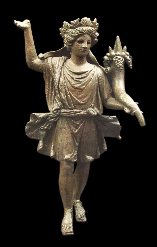 Lar romano de bronce (M.A.N. Inv.2943) 01