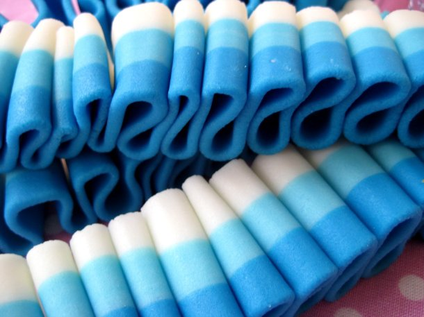 blue ribbon candy