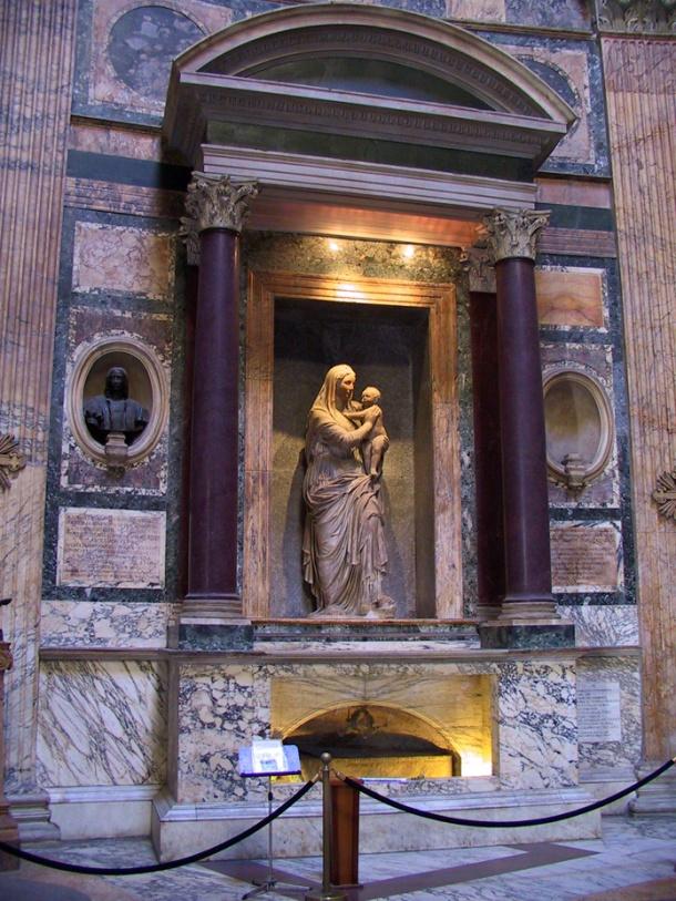 Pantheon - Raphael's Tomb