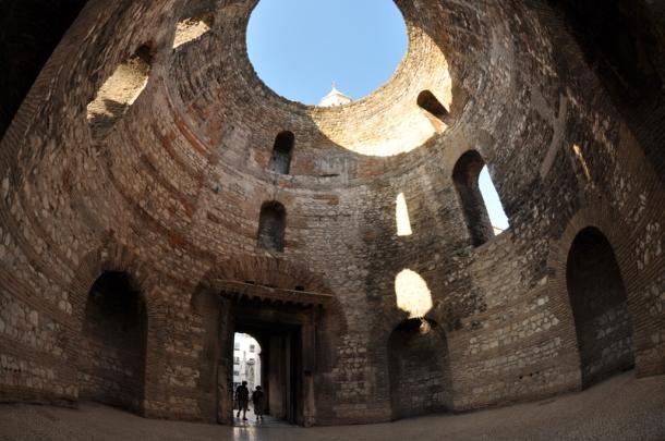 diocletian_palace_vestibul